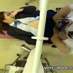 産婦人科で制服JKが悪徳医師に死角で診察強姦される中出し盗撮映像