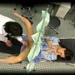 キチガイ医師が検査する素人娘を騙して性欲発散させる中出し強姦盗撮
