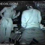 【閲覧注意】深夜の公園で泥酔した女友達を強姦してる本物映像が流出
